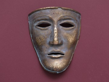 Античная маска Калькризе