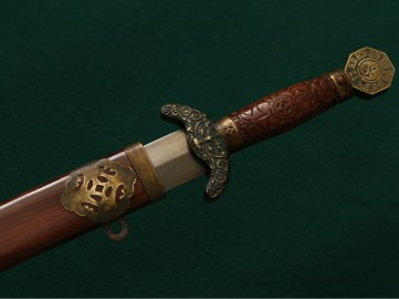 """Историческая реплика китайского меча """"Цзянь"""" (XVIII-XIX вв)."""